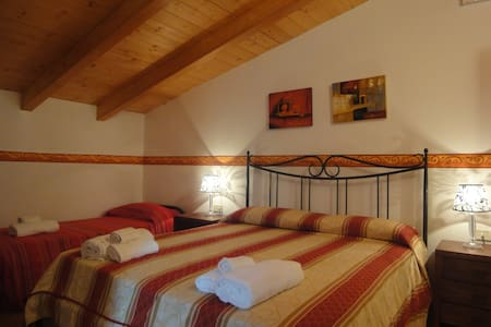 Villamirella Camera tripla - Palinuro - Bed & Breakfast