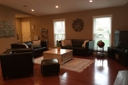 Family home in perfect location!!!! - Greenville