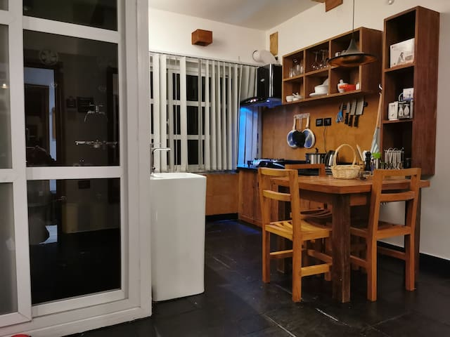(Luxury Studio Apartment)/fully equipped kitchen.