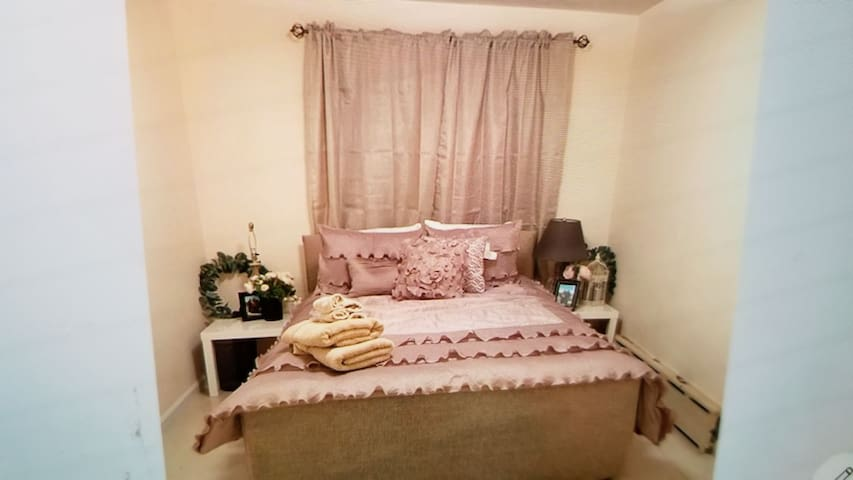 Sparkling apartment in dyker heights 30 into city