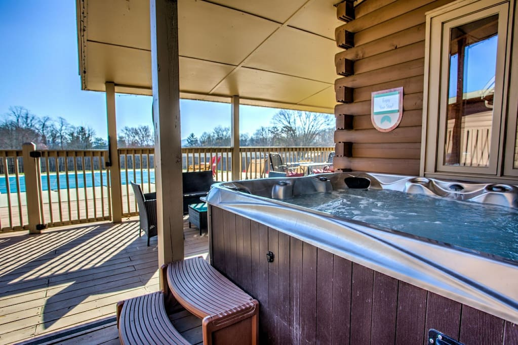 Avery 39 S Creek Swimming Pool Hot Tub Close To Asheville Shopping Food Hiking Houses For Rent