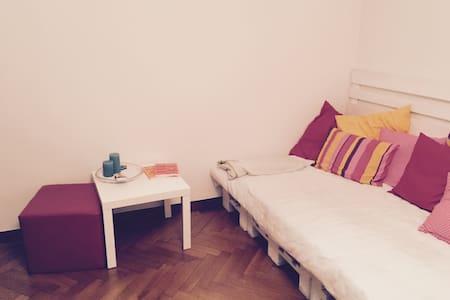 3.5 Zimmerwohnung in der Stadt - Appartement