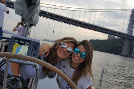Sailboat with Great Manhattan views - Weehawken