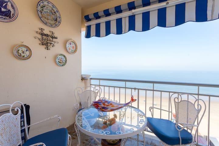 Preciosa habitaciòn vistas al mar - Chipiona