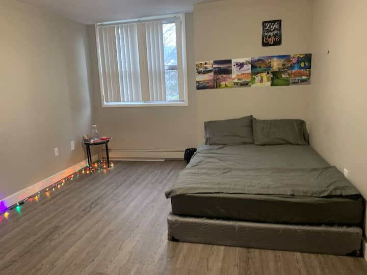 Private Spacious Affordable room stay!