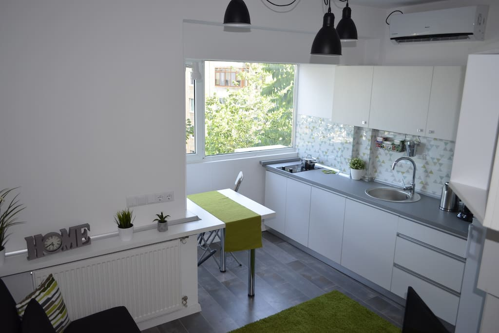Apartment Cozy Central Studio photo 22453002