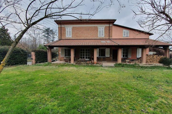 Spacious Villa in Castelferro with Garden