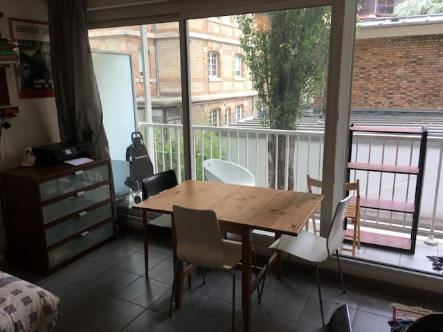 the desk or a table to have a lunch in front of the balcony.