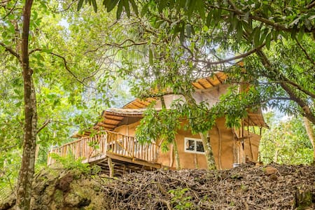Peter Pan House (for nature and adventure lovers)