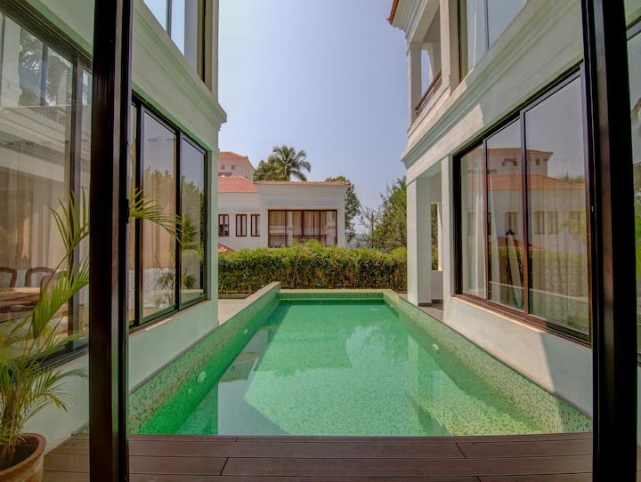 Serene Athas Designer Boutique Villa