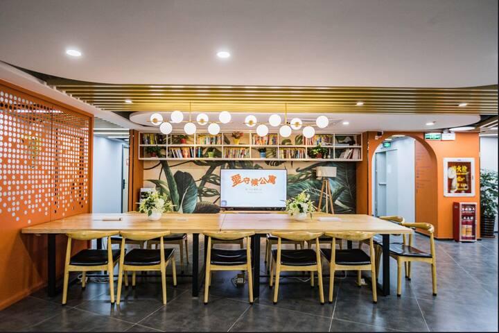 11号线后亭地铁站 单身公寓 家私家电全齐 共享客厅厨房