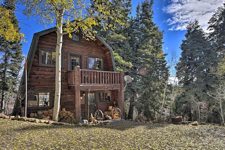 Cabin w/Mountain Views - 20 Mins to Park City