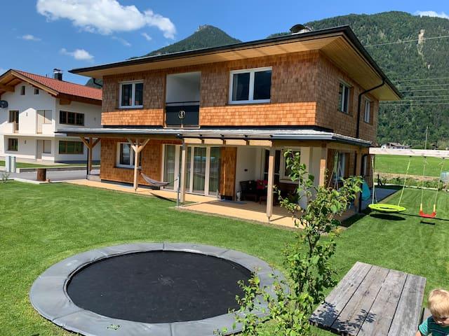 Haus in schöner Lage ideal für Familien 🏡