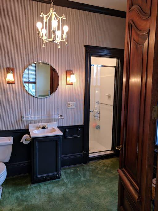 Private ¾ bath adjoins bedroom