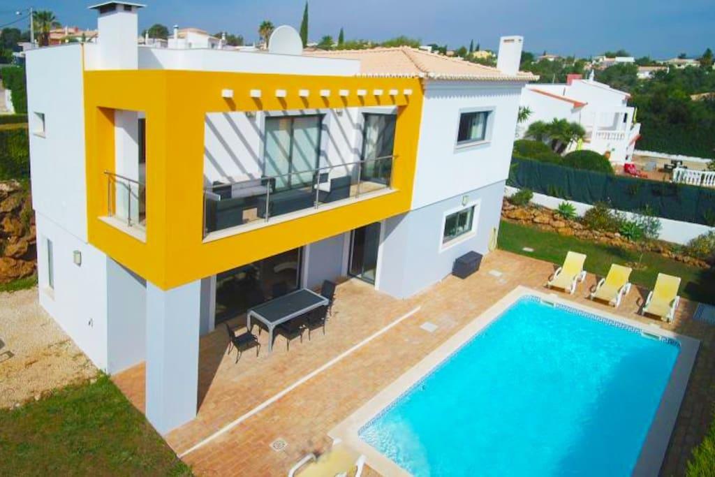 Large Villas To Rent Alvor