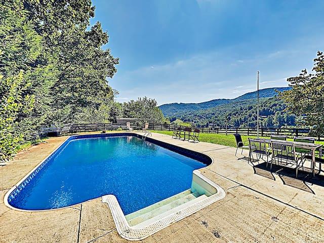 Exquisite Country Hideaway w/ Pool & Bonus Room
