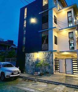Clean & Affordable Place Near Sm City w/ WIFI.