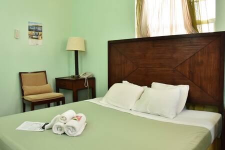 Aanola Villas 6A Tranquil Privy Bedroom