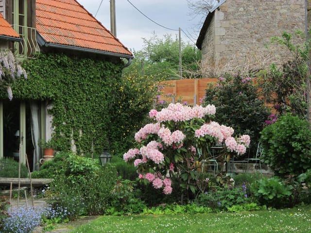 les hortensias - Vallière - Hus