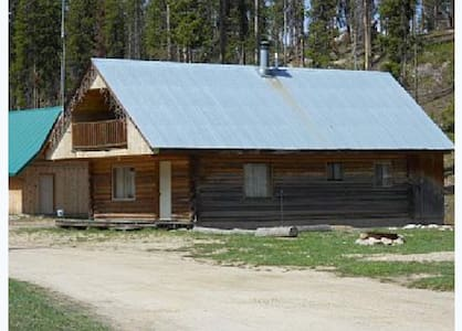 Dixie Log Cabin