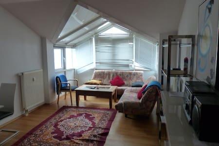 Helle, moderne 3 Zimmerwohnung nähe Rosenheim - Kolbermoor - 公寓