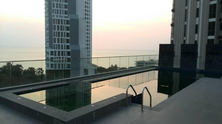 Condo Wongamat Beach-50m zum Strand-free WIFI-Pool