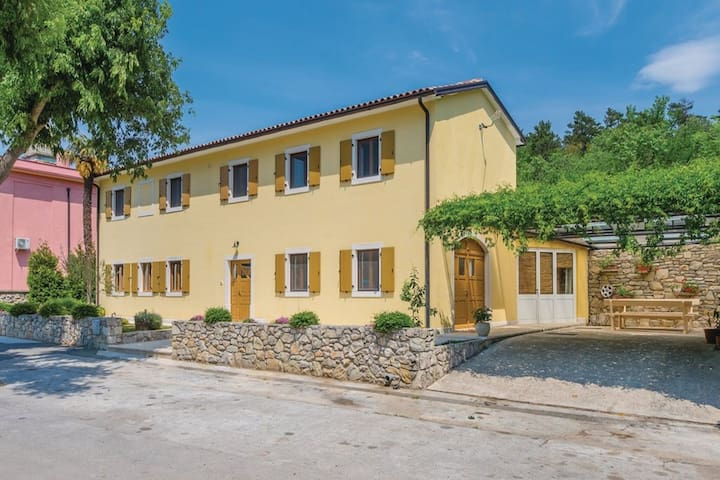 Spacious Holiday Home in Šušnjevica with Private Pool