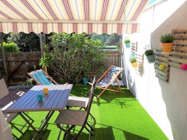 MESCHERS SUR GIRONDE : Charmante villa en résidence - PISCINE HORS SERVICE