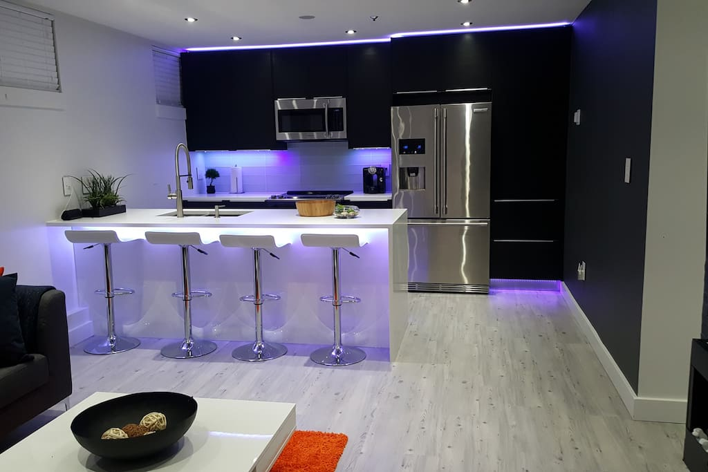Brand New Very Modern Private 2 Bedroom Suite Houses For Rent In Vancouver British Columbia
