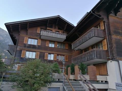 3.5 Zimmer Wohnung mitten in Kandersteg