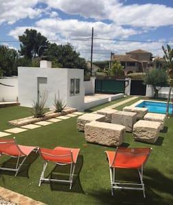 Large room for 5/6 people to Canyada, Valencia - Paterna/La Canyada