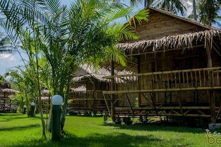 Bungalows Bamboo - Bungalow