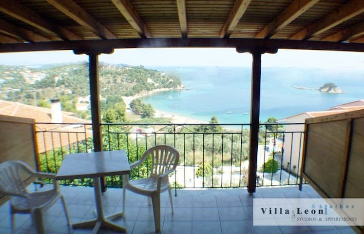 VILLA LEONI VACATION'S - STUDIO - SEA VIEW - - Troulos