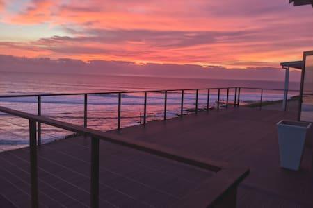 Modern Beachfront Unit with Breathtaking Seaviews
