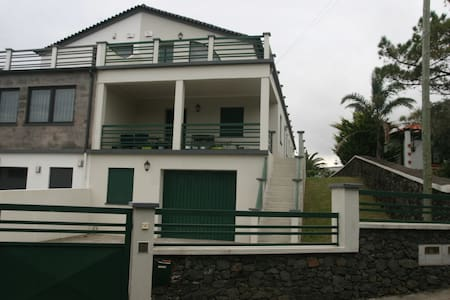 Porto Martins Home - Porto Martins