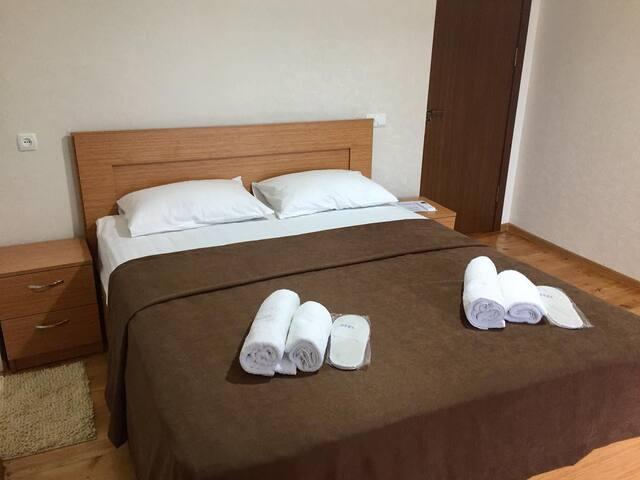 Guest House Maradona (Double room with balcony 2)
