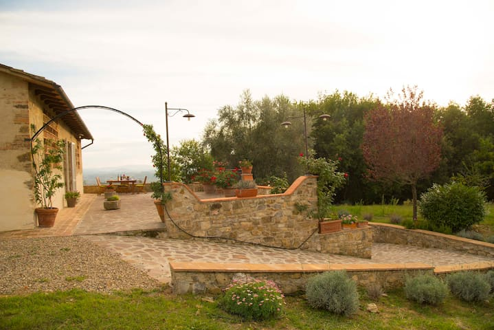Adorabile casa tra Siena e Firenze - Poggibonsi - House