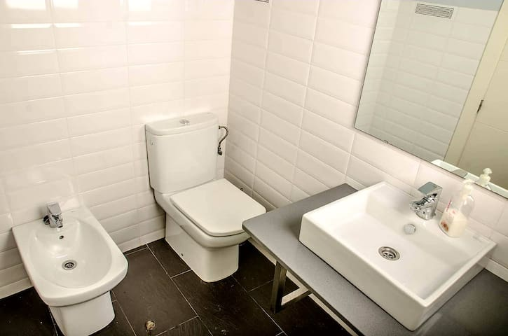 Como Se Dice Bathroom Stalls En Ingles family friendly vacation rentals, apartments & houses in campo de