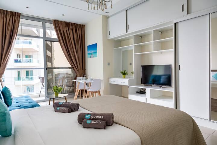Stylish studio in the center of Dubai Marina
