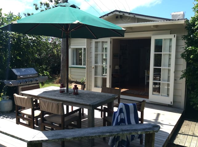 Gorgeous cottage - private beach - Tutukaka - Hus