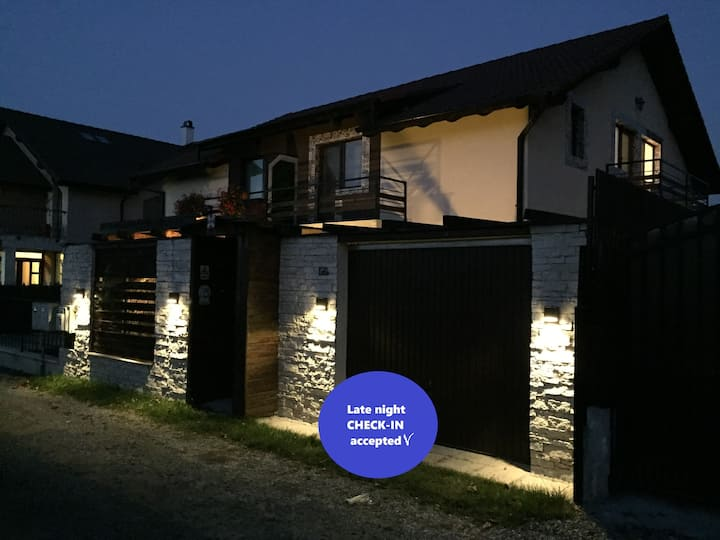 IGI smart house with pool 12 km from Cluj-Napoca