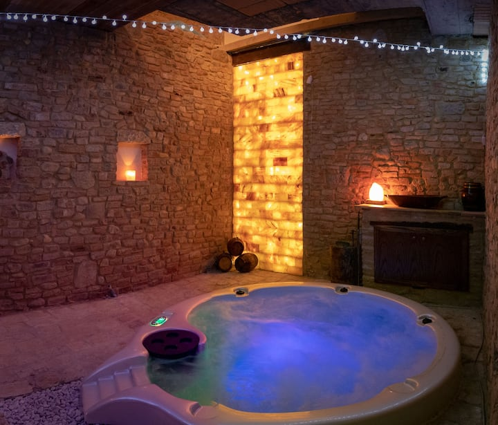 Medieval Tower with Luxurious Spa, Jacuzzi, Garden, Balcony & Wi-Fi; Parking Available