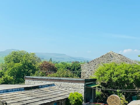 Beautiful cottage in the heart of Wensleydale