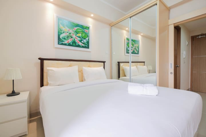 Minimalist and Comfy Studio The Oasis Cikarang Apt