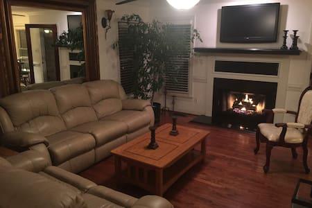 Fully furnished 4 bedroom home