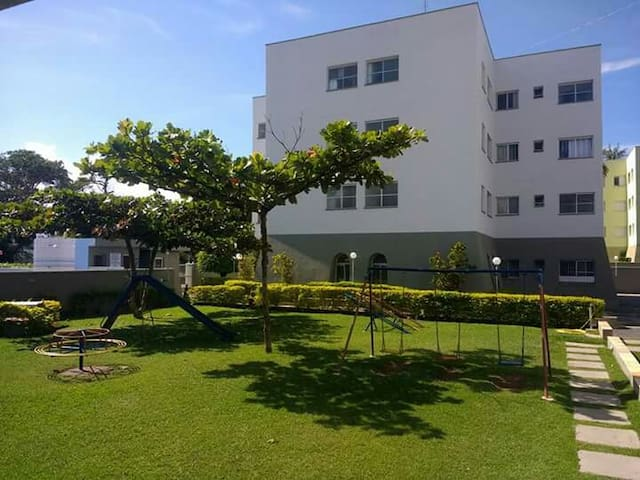 Apartamento com Piscina em Caraguatatuba
