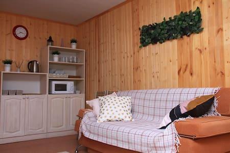 Чистая и уютная квартира в тихом месте. Сити Чессс