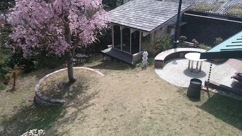 Tajimi  Guest  House 円空