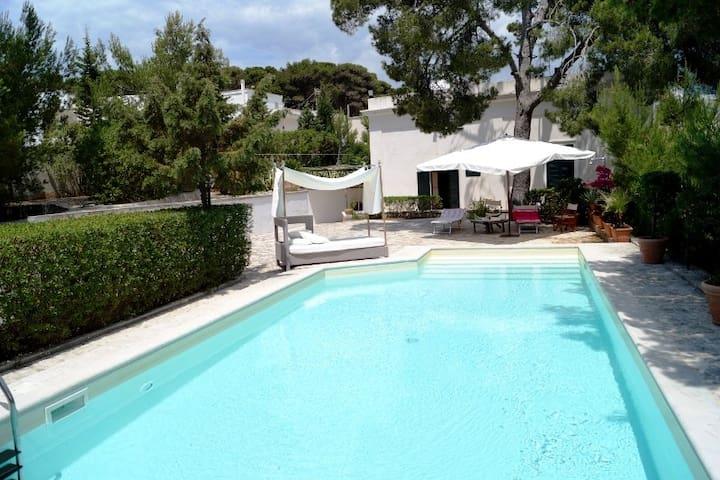 Dream villa with pool in Leuca 100 mt from the sea - Leuca - 別荘