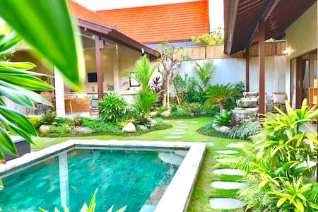 Villa Kelapa Hijau